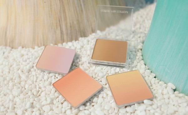 Kolmar Korea developed powder-blusher with four colors in a single case
